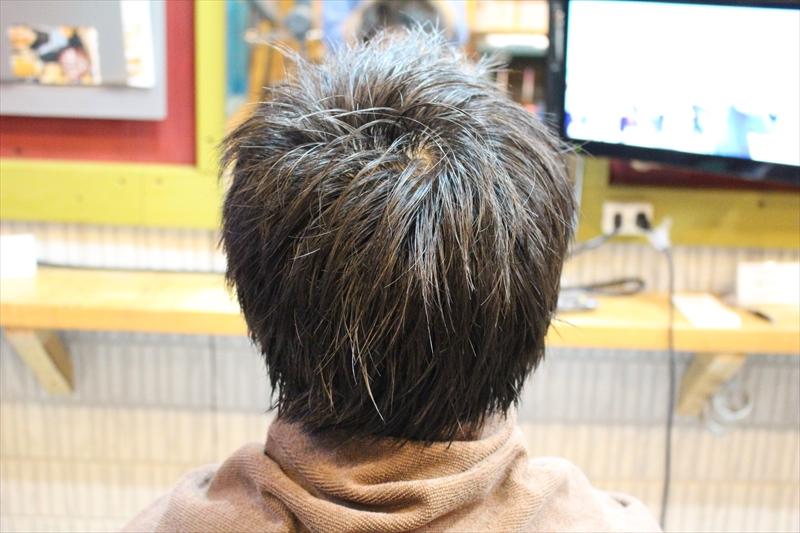 バック一液塗布後【直毛矯正現代版アイロンパーマ】