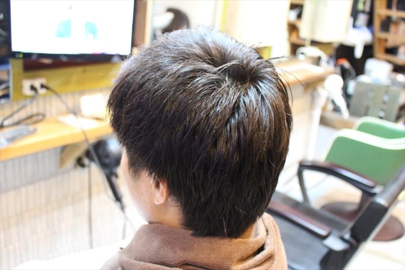 左サイドバックアイロンオイル塗布後【直毛矯正現代版アイロンパーマ】